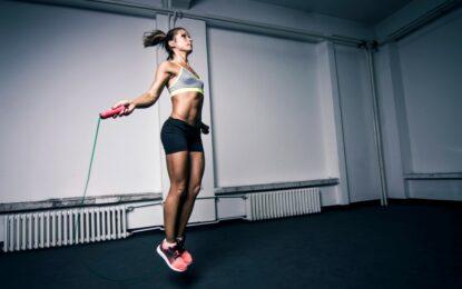 5 beneficios de saltar la cuerda